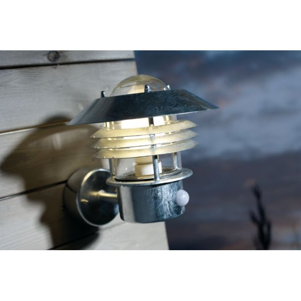 Vejers m. Sensor Væglampe